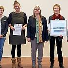 Gruppenfoto der Preisträger/innen