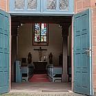 Geöffnete Kirchentür
